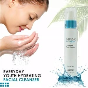 Yuka Everyday Youth Hydrating Facial Cleanser
